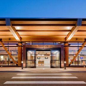 Architettura in legno: l'aeroporto di JacksonHole